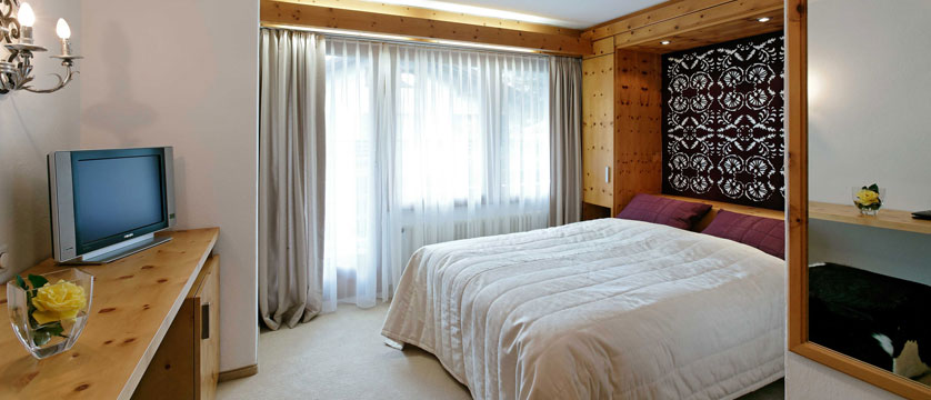 Hotel Mirabeau, Zermatt, Switzerland - double bedroom.jpg